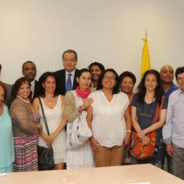 El Embajador de Colombia se reune con las Asociaciones de colombianos en Cataluña